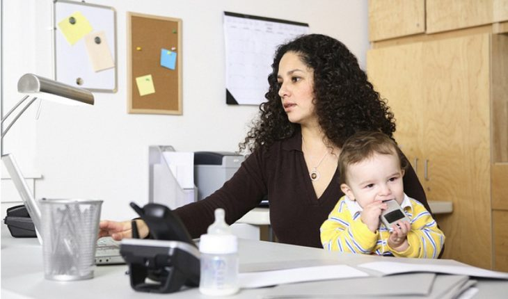 image of mom-working-from-home
