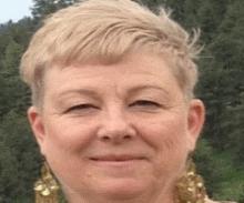Laurie Norris Tiddleywink Toffee Headshot